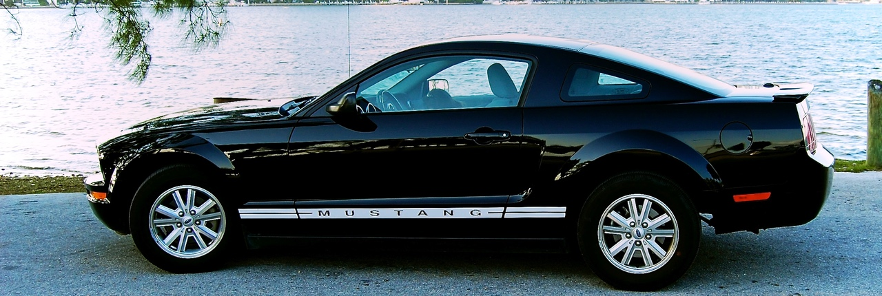 Ford Mustang V6 – Pony vs. Power